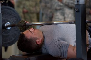 bench press shoulder